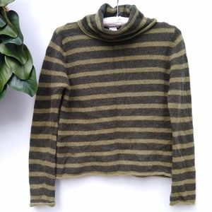 /Kenji Natural, Anthro/ olive lambswool turtleneck